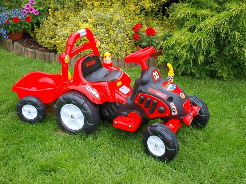 ChuChu Elektrický traktor s vlekem pro děti, červený