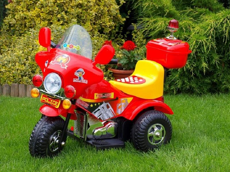 ChuChu Policejní elektrická motorka, červená