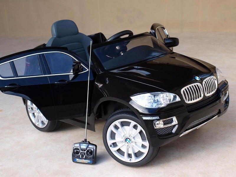ChuChu BMW X6 s dálkovým ovládáním, otevírací dveře, černé