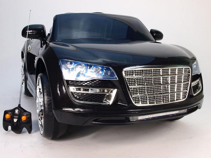 ChuChu Spydercar s DO, otevírací dveře a kufr, pérování náprav, černé